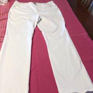 NYDJ white size 12P. Never worn